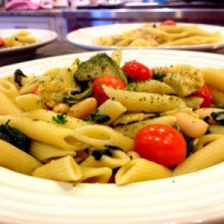 Penne with Artichoke,Tomatoes and Spinach