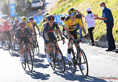 """Wout van Aert maakt andermaal indruk als superknecht: """"Sommigen dachten nog aan sprinten, maar Van Aert heeft ze allemaal doodgereden"""""""