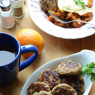 Apple-Onion Chicken Breakfast Sausage {Paleo}.