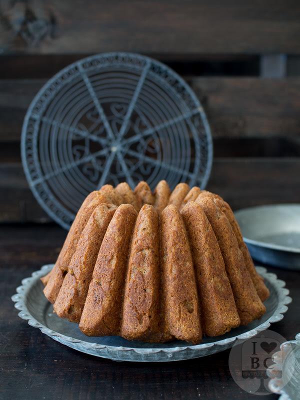 Bundt Cake sin azúcar ni edulcorantes
