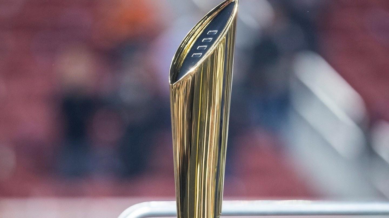 Watch 2021 College Football Playoff Recap Show live