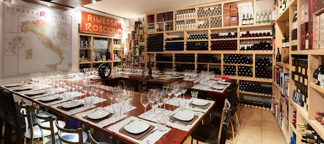 Private tasting room for Rome Food and Wine Tour - photo courtesy of CityWonders