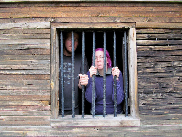 Chris and Dollie in jail