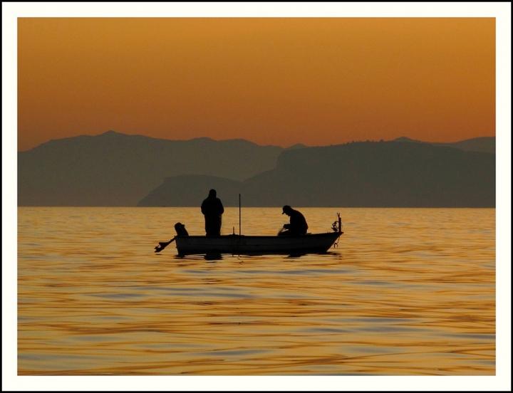 L'uomo e il mare: eccoli insieme di Silvio Lorrai