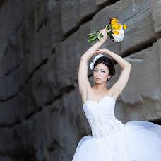 Wedding photographer Nadezhda Grekova (TigrikRed). Photo of 30.04.2013