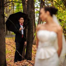 Wedding photographer Sergey Barsukov (kristmas). Photo of 16.12.2012