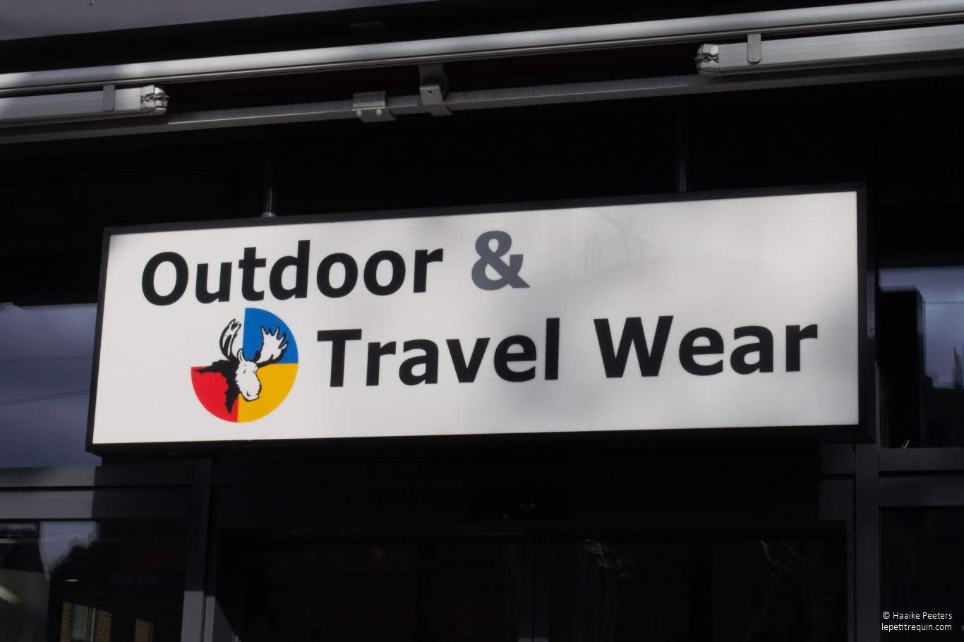 Outdoor & Travel Wear Winterthur (Le petit requin)