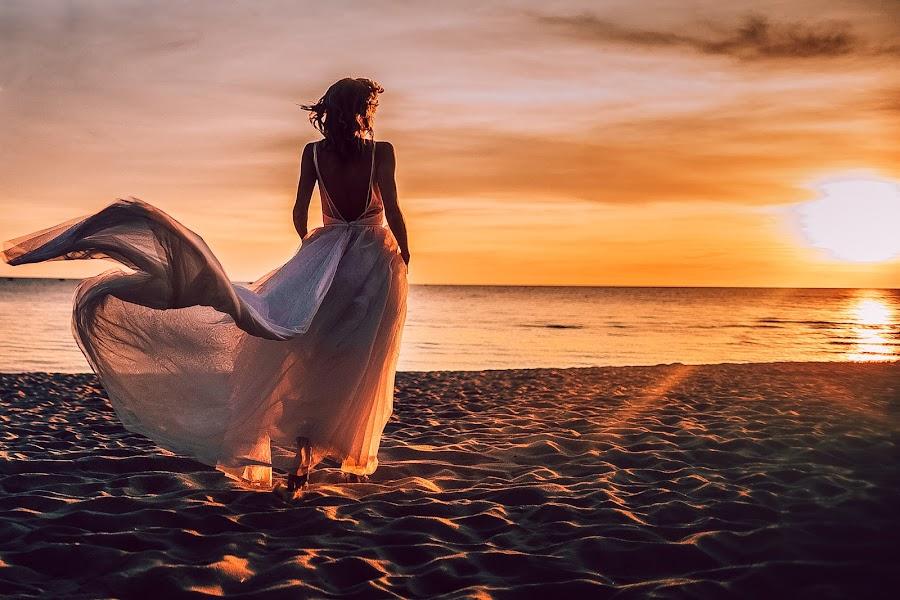 Wedding photographer Maksim Pyanov (maxwed). Photo of 08.10.2019