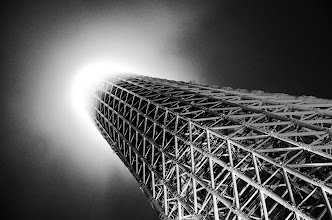 Photo: The Tokyo Skytree reaches into the light of another dimension...