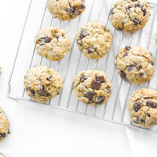 The Best Chewy Chocolate Chip Oatmeal Cookies