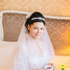 Wedding photographer Valeriya Kharitonova (LeraKharitonova). Photo of 07.10.2015