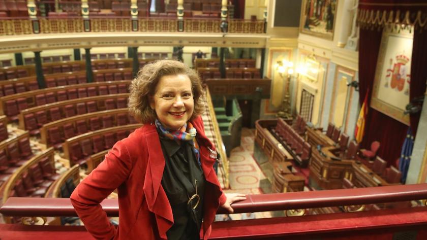 Magis Iglesias, periodista parlamentaria, en el Congreso de los Diputados.