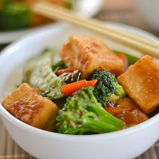 Vegetable Stir Fry with Sweet and Spicy Tofu