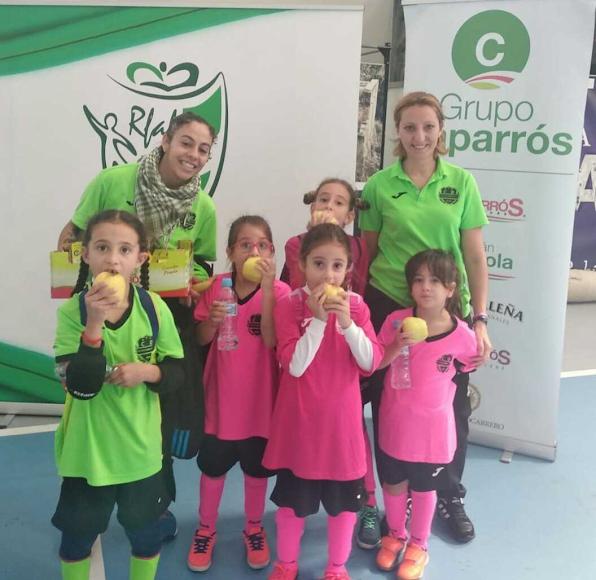 García Lorca de Vícar con sus jugadoras y entrenadoras.