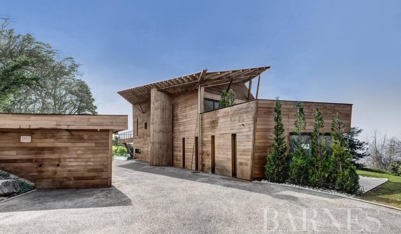 Villa avec piscine et terrasse Lucinges
