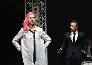 Photo: BURGTHEATER/ Kasino: DOSENFLEISCH von Ferdinand Schmalz. Premiere 18.9.2015. Inszenierung: Carina Riedl. Frida Lovisa Hamann. Timo Hillebrand. Copyright: Barbara Zeininger