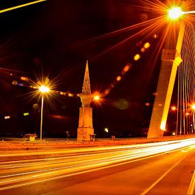 by Mon Rojumnong - Buildings & Architecture Bridges & Suspended Structures