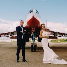Wedding photographer Aleksey Denisov (chebskater). Photo of 15.02.2016