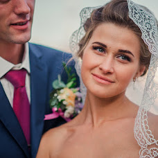 Wedding photographer Ekaterina Ponomarenko (akko). Photo of 06.12.2015