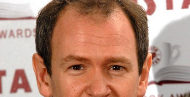 Alexander Armstrong wants chat show