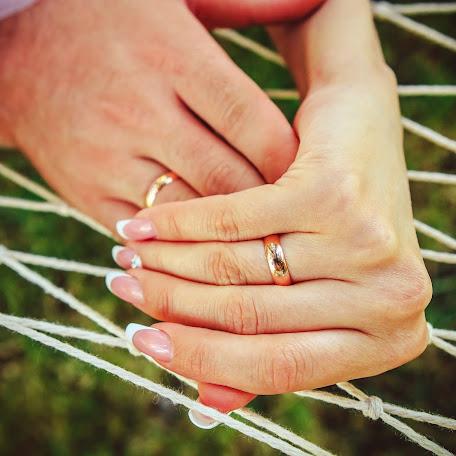 Wedding photographer Irina Ponomarenko (PonoMart). Photo of 09.10.2014