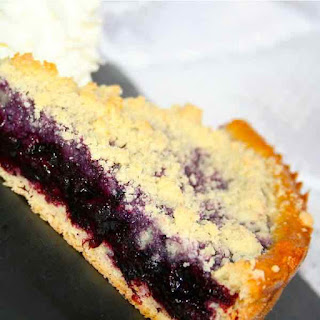 Recipe of Blueberry Tart with almond crumble.