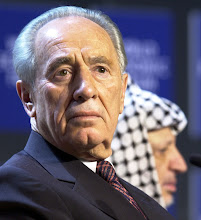 Photo: DAVOS/SWITZERLAND,28JAN01 - Minister of Regional Cooperation of Israel Shimon Peres (L) and President of the Palestinian Authority Yasser Arafat (R) attend a session entitled 'From Peacemaking to Peacebuilding' at the Annual Meeting 2001 of the World Economic Forum in Davos, January 28, 2001. Byline: swiss-image.ch/Photo by Remy Steinegger NO RESALES, NO ARCHIVES