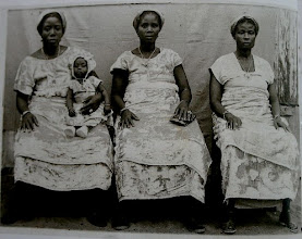 Photo: Trois soeurs, tree sisters fro, de Daniel Attouma Amichia