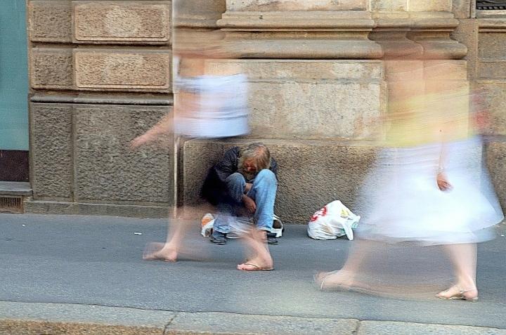 Persone invisibili... di Paolo Zanoni