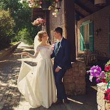 Wedding photographer Aleksandr Absenter-Sotnikov (alexabsenter). Photo of 09.08.2017