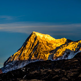 Rathong Peak by Saikat Datta - Landscapes Mountains & Hills ( mountain, nature, snow, hills, landscape, morning )