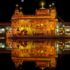 Golden Heaven by KP Singh - Buildings & Architecture Places of Worship ( lights, temple, punjab, sikhism, prayers, night, amritsar, golden,  )