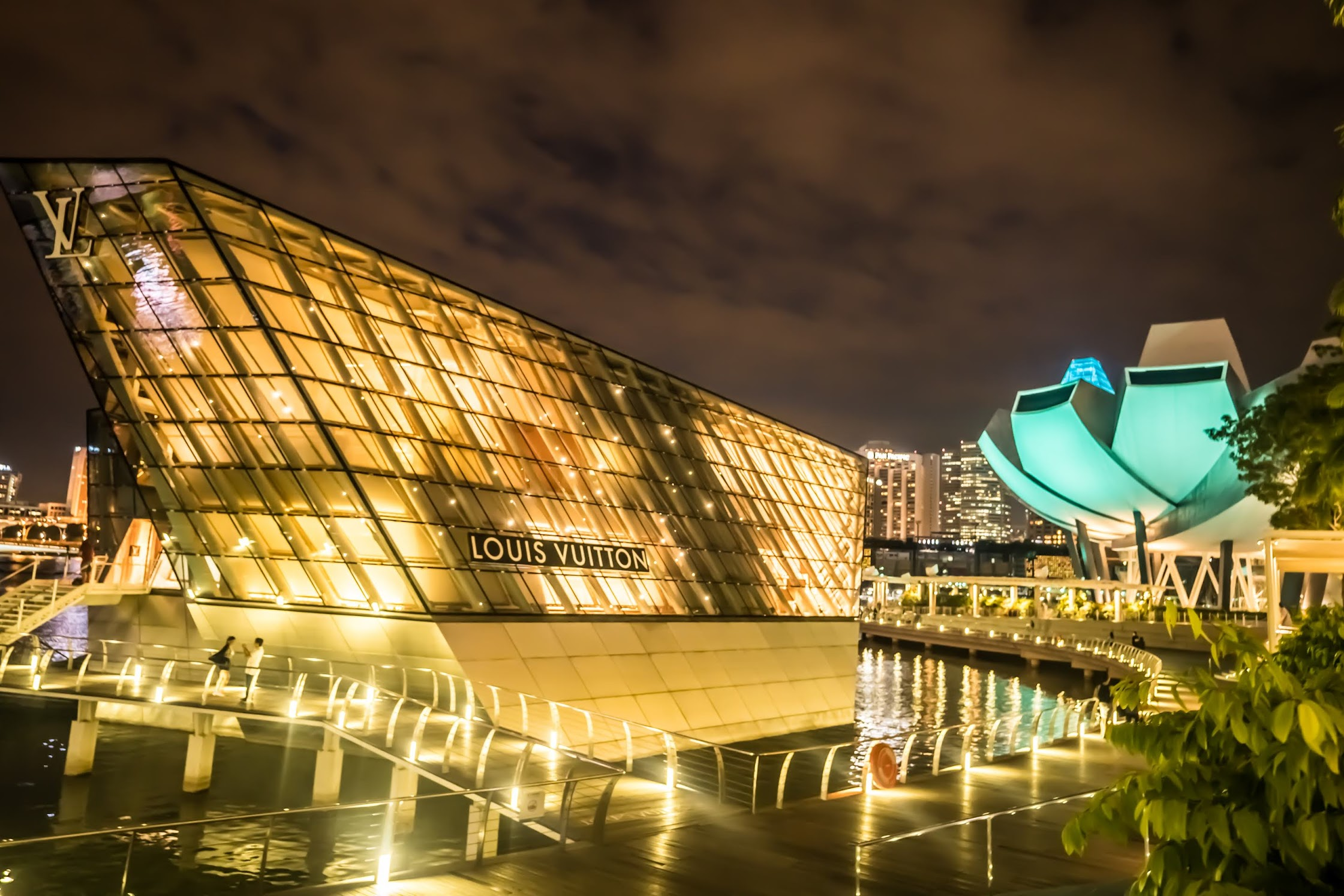 Singapore Marina Bay Sands Louis Vuitton Evening