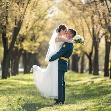 Wedding photographer Artem Arkadev (artemarkadev). Photo of 14.02.2017
