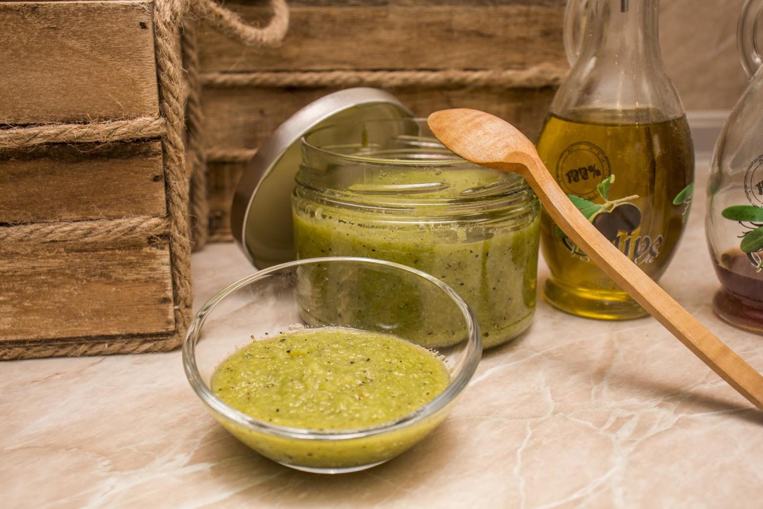 Зелена чили паста