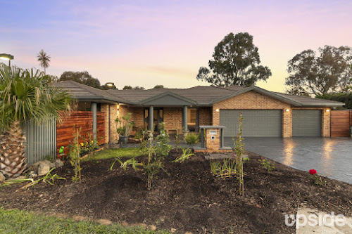 Photo of property at 6 Styx Close, Amaroo 2914