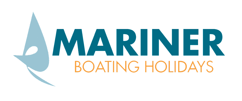 Mariner Boating holidays boat desk