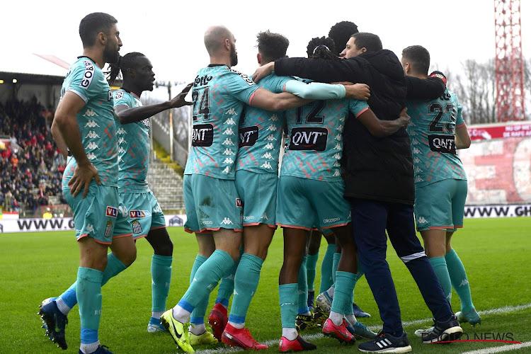 Penaltys manqués, VAR et suspense : un choc animé entre l'Antwerp et Charleroi !