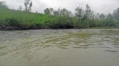 Photo: Rijeka ne staje, ali mi uskoro zaključujemo avanturu za taj dan i navaljujemo na roštilj. 28km, check!