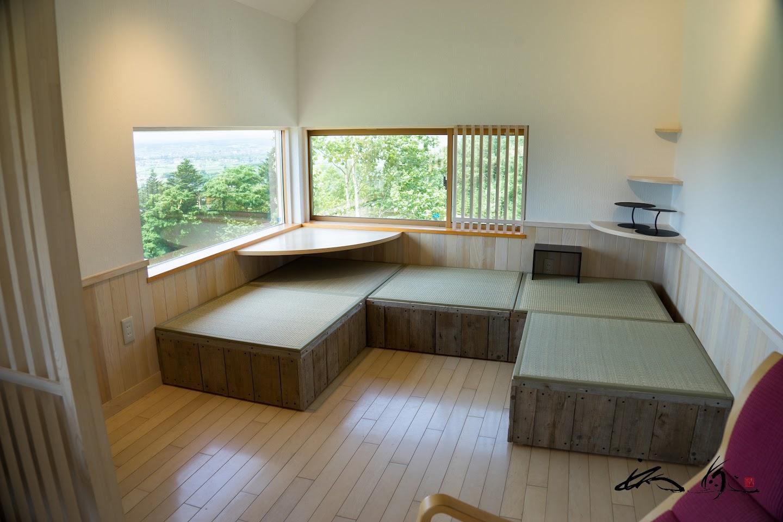 畳のコーナー(2F)