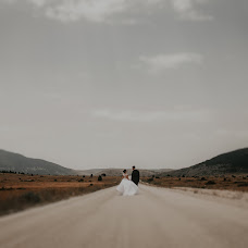 Wedding photographer Foto Pavlović (MirnaPavlovic). Photo of 27.07.2017