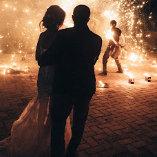 Wedding photographer Dmitriy Tikhomirov (dim-ekb). Photo of 15.06.2017