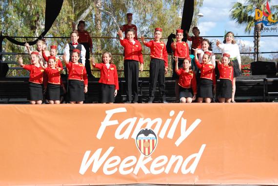 Nuestros nanos brillan con sus actuaciones en la Family Weekend VCF