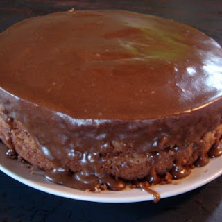 Millionaire Shortbread Cake
