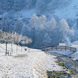 by OL JA - Landscapes Weather (  )