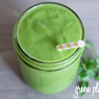 Pineapple Cilantro Green Smoothie