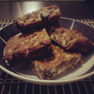 Almond Goji Energy Bars