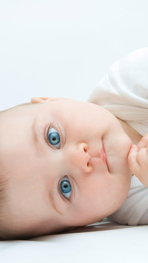 تطبيق خلفيات صور اطفال لتزين جهازك بصور اطفال غاية في الجمال في عمر الزهور.