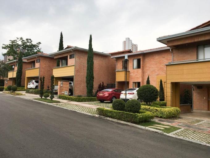 casas en venta la estrella 585-23178