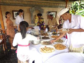 Photo: 2 - UBUD - une fête familiale Balinaise